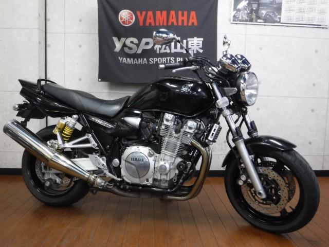 ヤマハ XJR1300の写真1