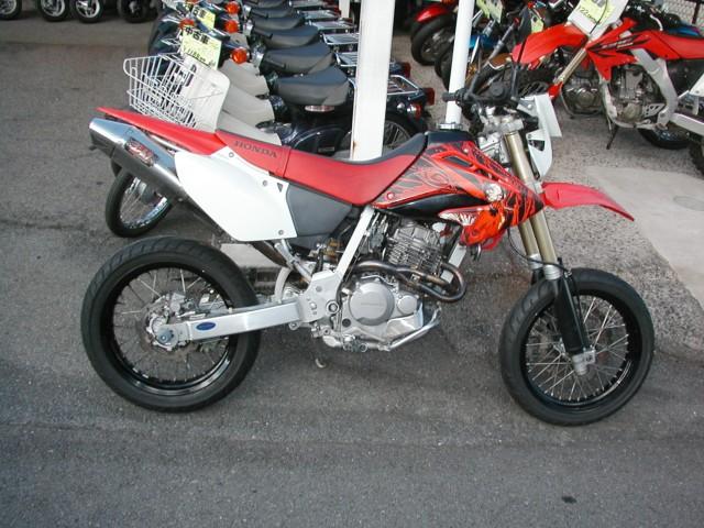 ホンダ XR250モタードの写真1