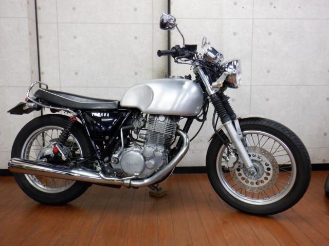 ヤマハ SR400の写真1